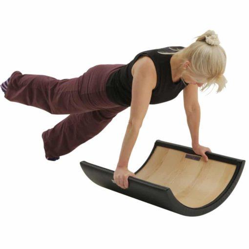 L'Arc Barrel empilable de Pilatesoffre diverses possibilités d'entraînement qui aidentà améliorer la posture, étireret renforcer le dos, les pieds et les muscles des épaules.