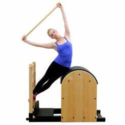 La Maple Roll Up Pole de Align-Pilates ou encore barre de pilates en érable convient parfaitement aux exercices d'alignement du corps, autravail des bras ainsi que pour améliorer la stabilisation scapulairelors des exercices de Pilates effectués sur les Reformers, les Ladder Barrel et Matworks