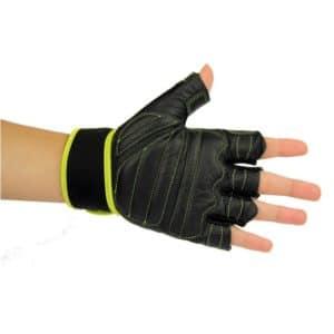 es gants Core Fitness and Weight Training de Fitness-Mad sont idéaux pour la levée de charges lourdes