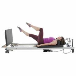 Le Neck Pillow de Align-Pilates soutient la courbe naturelle de votre cou