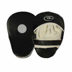 Les Pattes d'ours en cuir synthétique Boxing-Mad sont dotées d'une mousse absorbant les chocs intenses