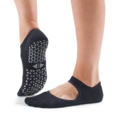 chaussettes chey ebony de tavi noir pour le pilates et le yoga