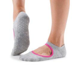 chaussettes antidérapantes de yoga chey stone de tavi noir