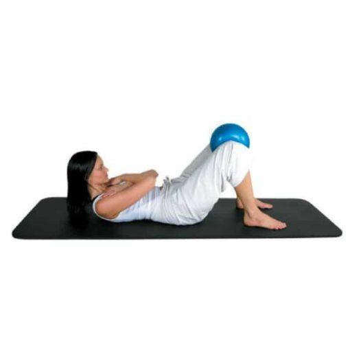 Le tapis Core Fitness de Fitness-Mad est fabriqué avec une mousse haute densité pour un confort optimal.