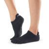 chaussettes antidérapantes à orteils séparés pour le Pilates et le Yoga de Toesox - Stelvoren