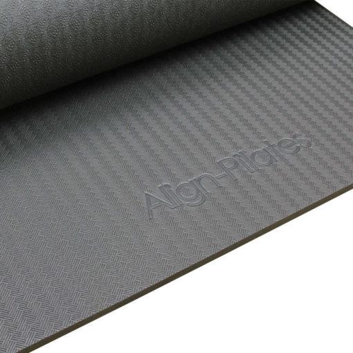 tapis de pilates avec oeillets