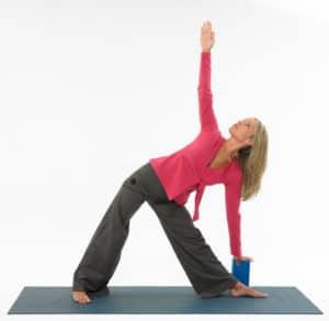 tapis de yoga et brique de yoga