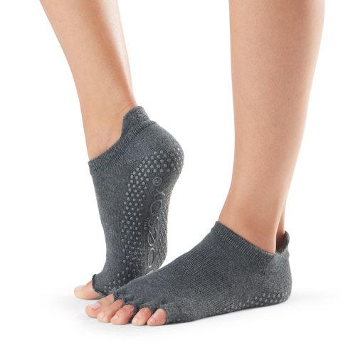 chaussettes arts martiaux antidérapantes Toesox - Stelvoren