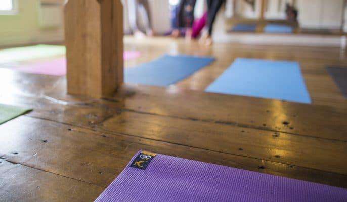 Le tapis de Yoga écologique - Le Blog Stelvoren
