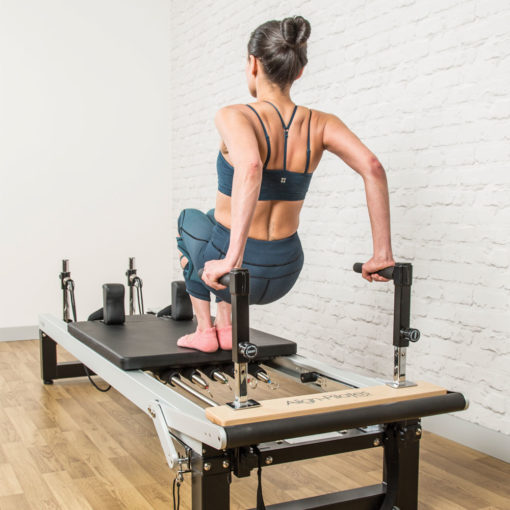 Exercices triceps avec Reformers Align-Pilates