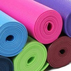 Lot de 10 tapis de Yoga Warrior II